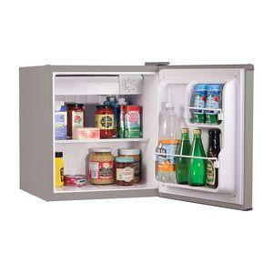 BLACK DECKER BCRK17V Compact Refrigerator with Freezer