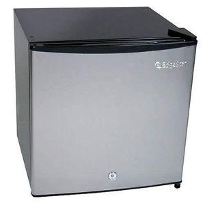 EdgeStar Fridge Freezer with Lock